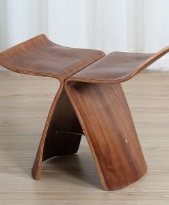 деревянный табурет
