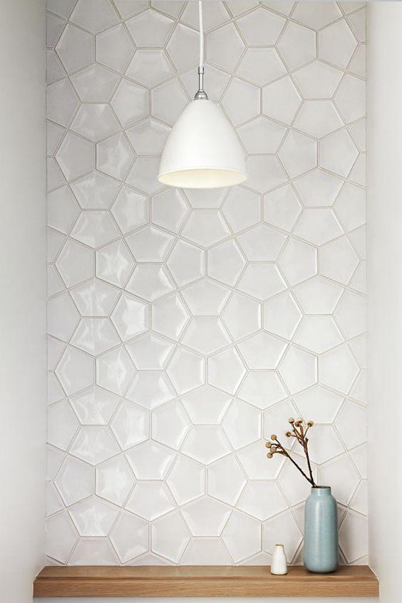 использование плитки мозаики
